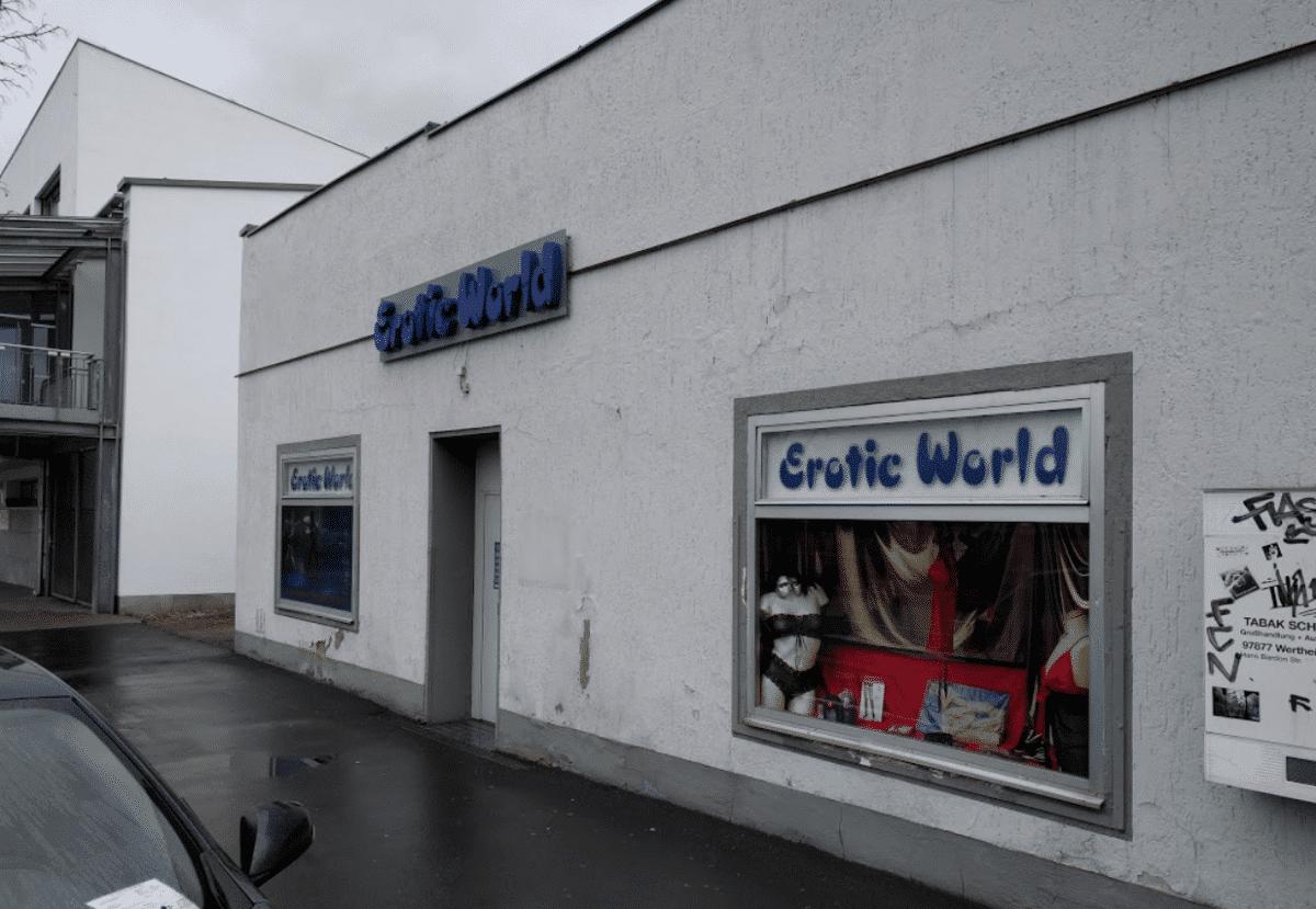 Erotic World Würzburg 🎥 Das Erotische Sex Kino für Schwule