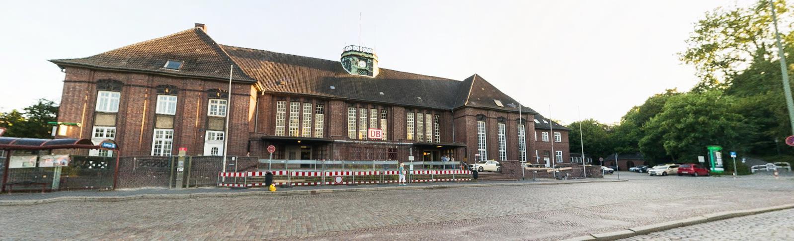 Klappe Bf. Flensburg 🚾 Die Gay Cruising Area im Bahnhof