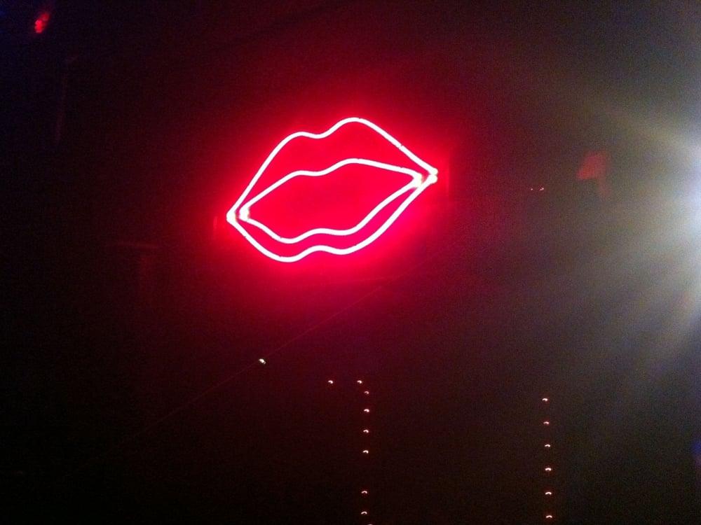 Der Club Erdbeermund eine Gay Bar in Karlsruhe