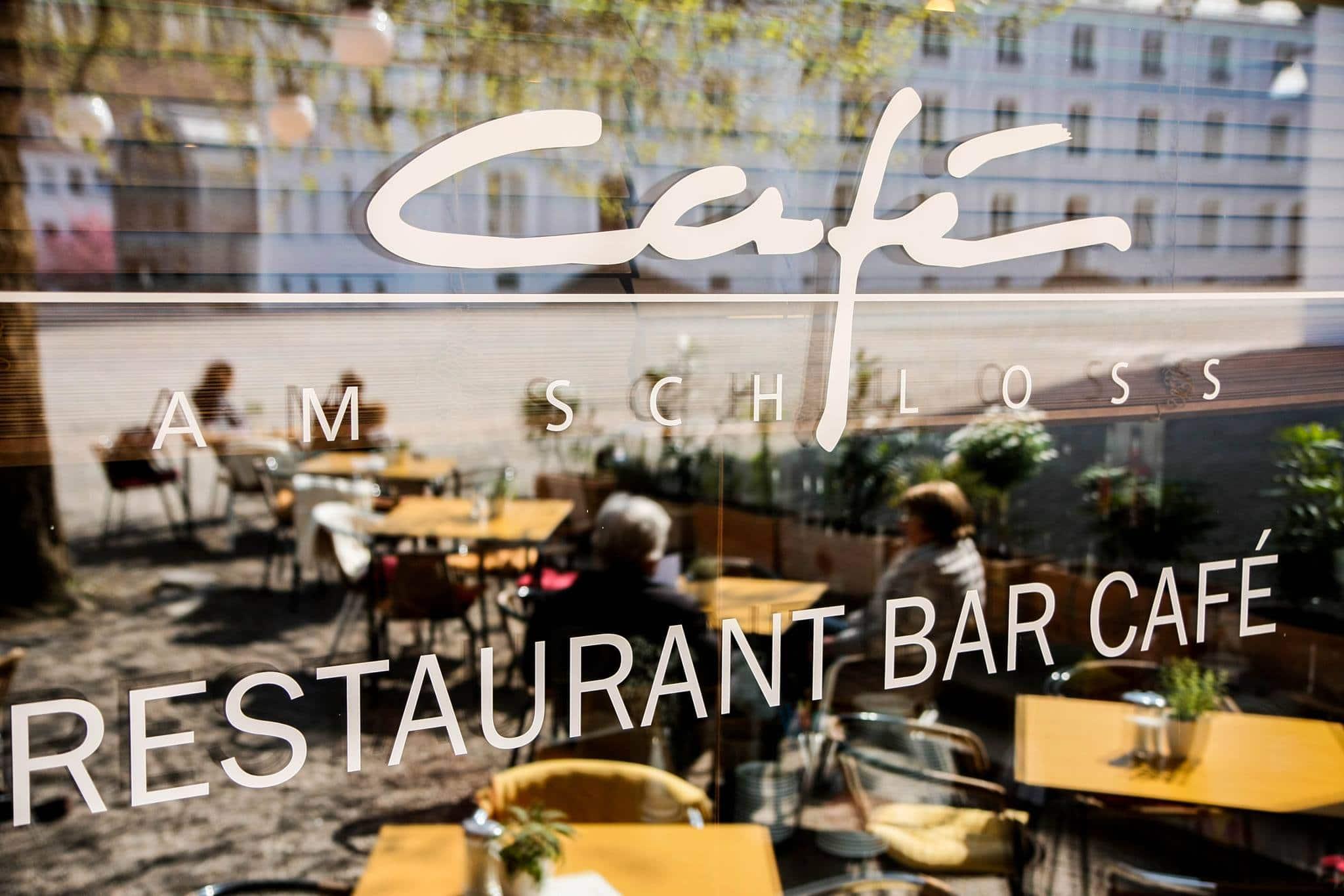 Das Café am Schloß ist eine Gay Bar in Saarbrücken