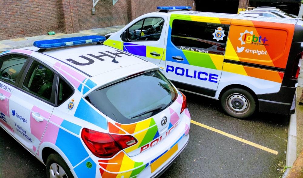 Mit Regenbogen-Look gegen Hassverbrechen