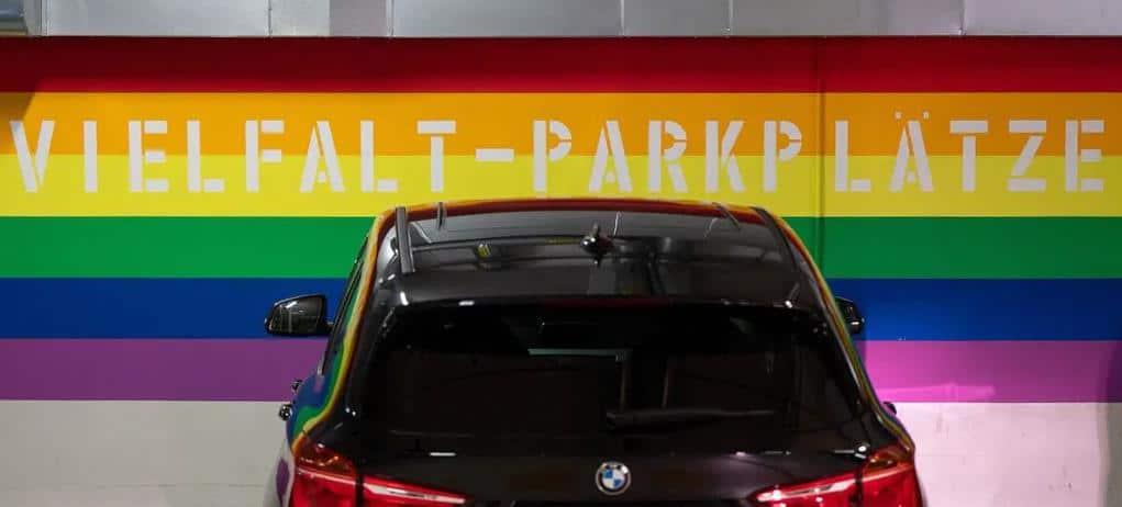 """Die """"Vielfalt-Parkplätze"""" in Hanau"""