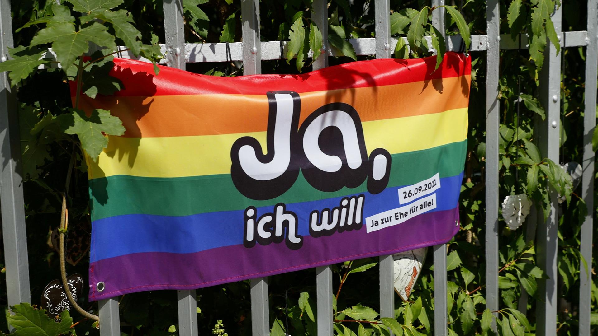 """Schweiz sagt """"Ja, ich will"""" zur Ehe für alle"""